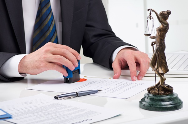 Why Your Company NEEDS a Business Law Attorney